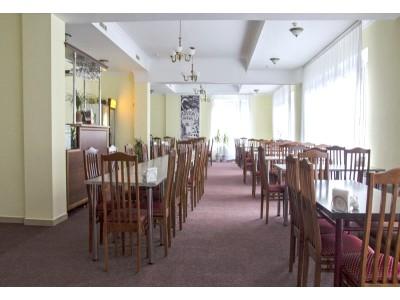 Отель Снежный барс Чегет    питание, завтрак